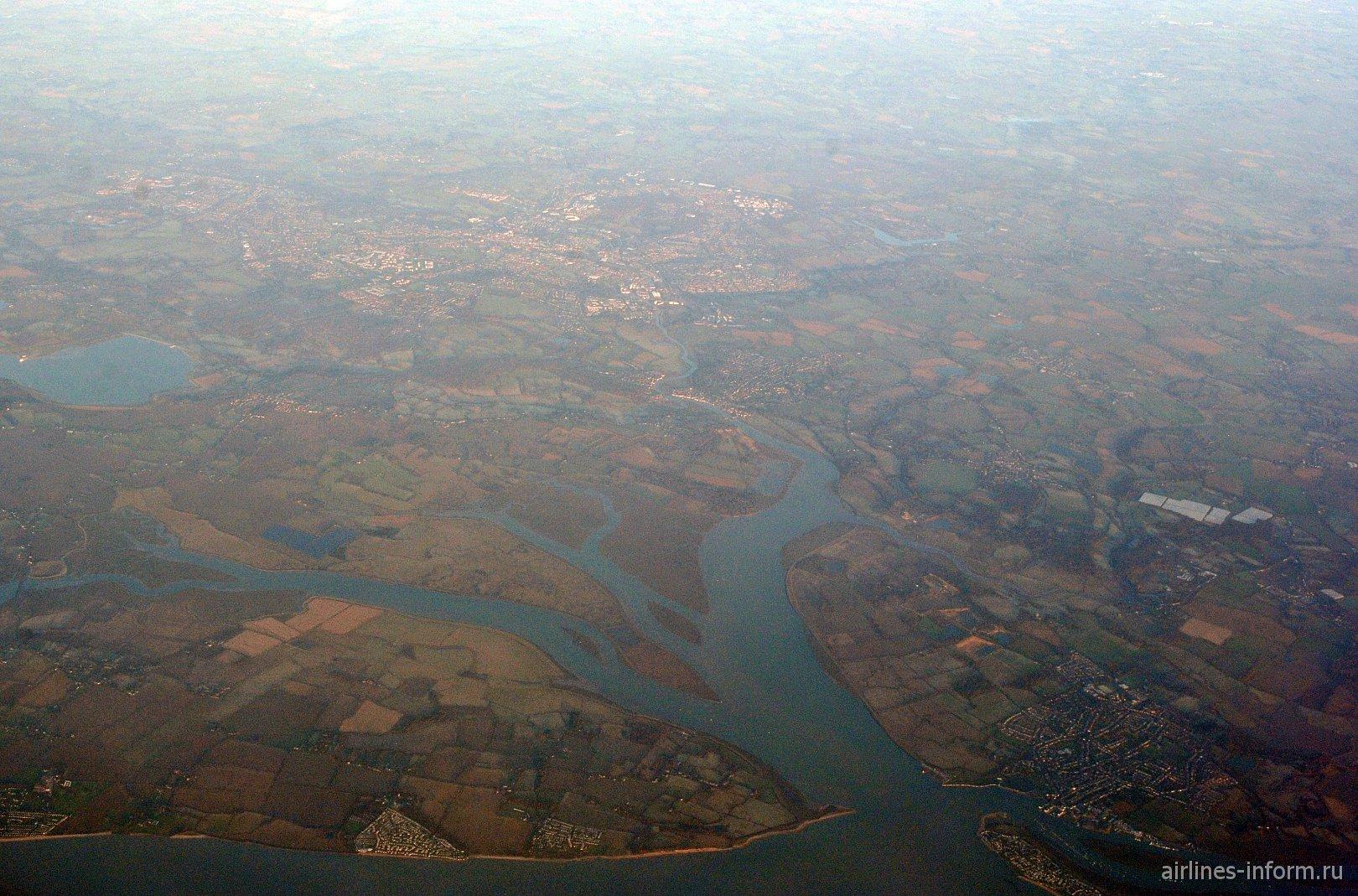 Города Brightlingsea и Colchester на юге Великобритании