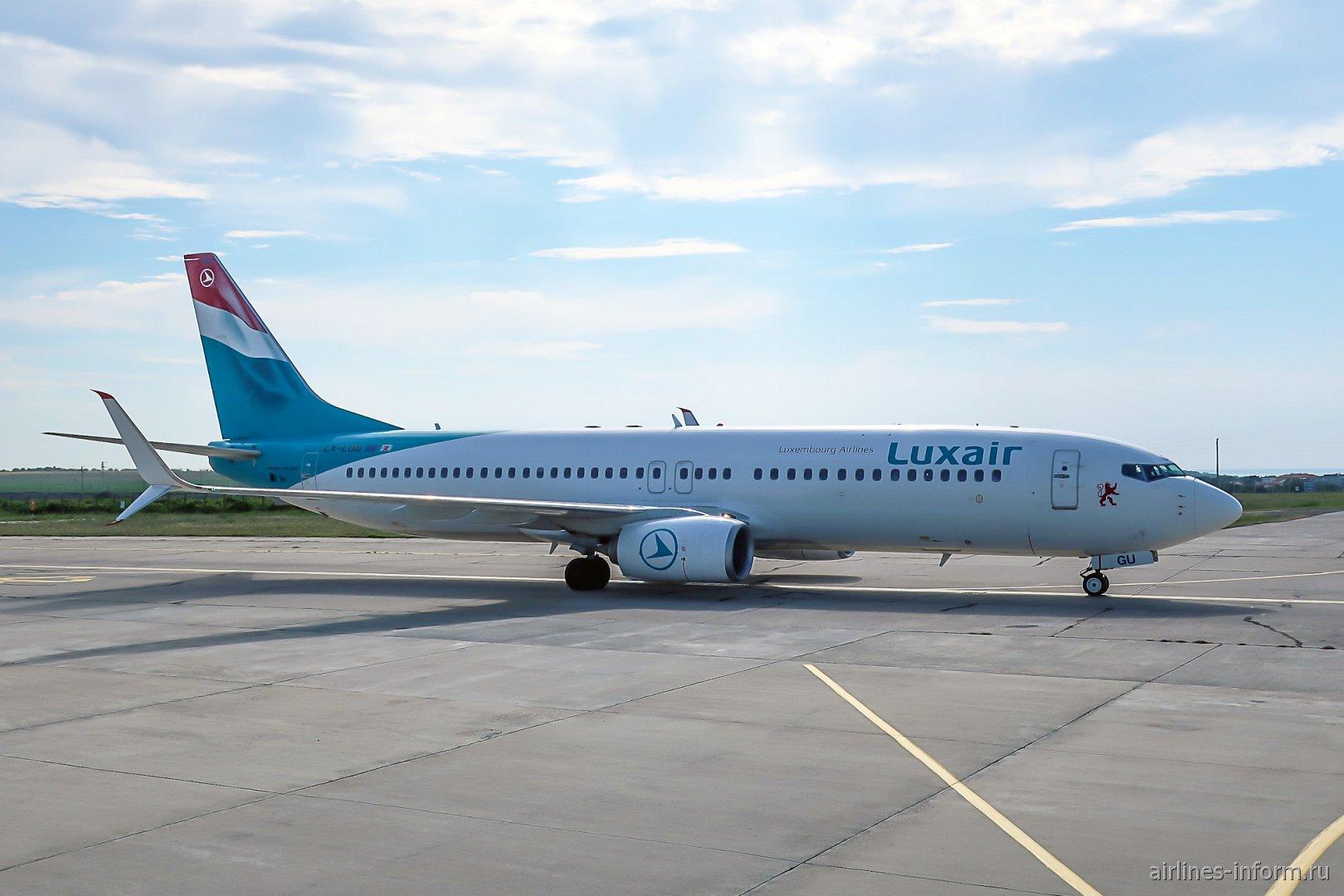 Самолет Боинг-737-800 авиакомпании Luxair из Люксембурга