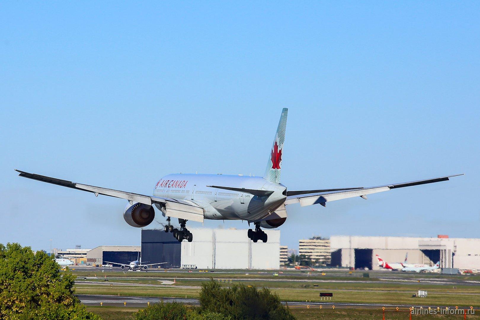 Посадка Боинга-777-300 Air Canada в аэропорту Торонто Пирсон