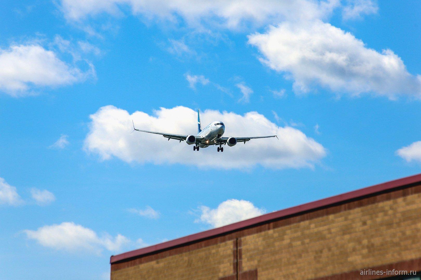 Посадка Боинга-737-800 авиакомпании WestJet