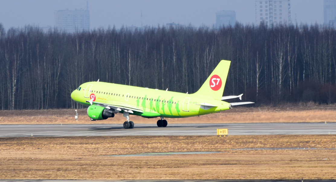 Москва - Санкт-Петербург, Сибирь (S7), Airbus A319-114, VP-BTQ
