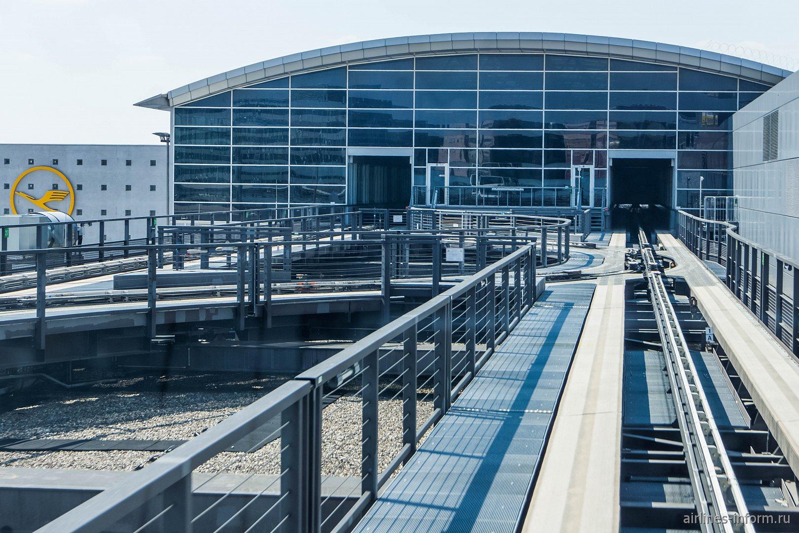 Станция поезда Skyline в секторе А аэропорта Франкфурт-на-Майне