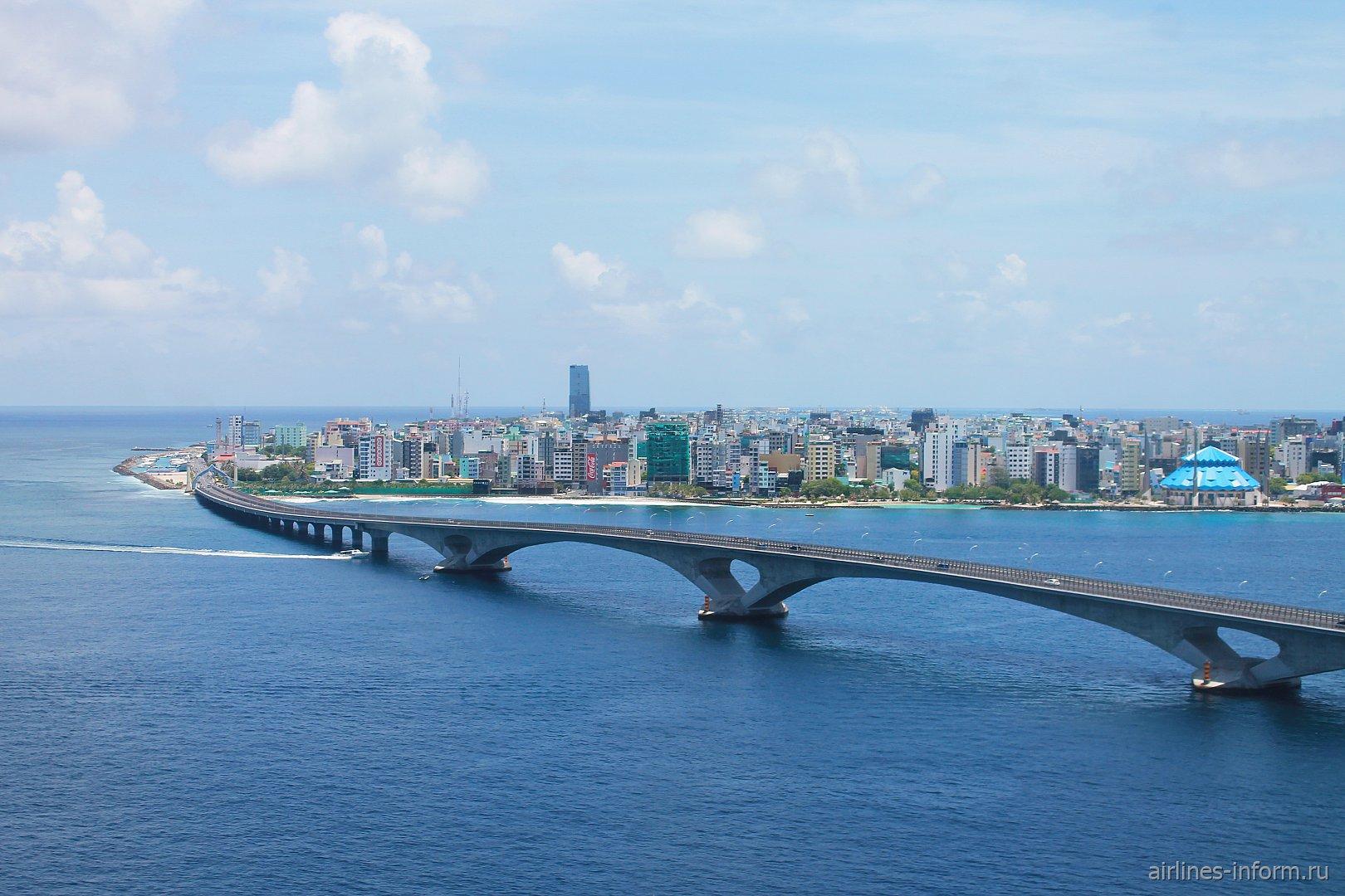 Автомобильный мост в Мале