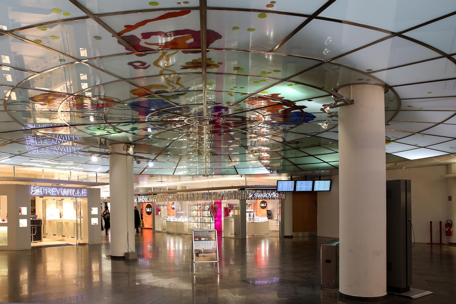 Магазины в аэропорту Вена Швехат
