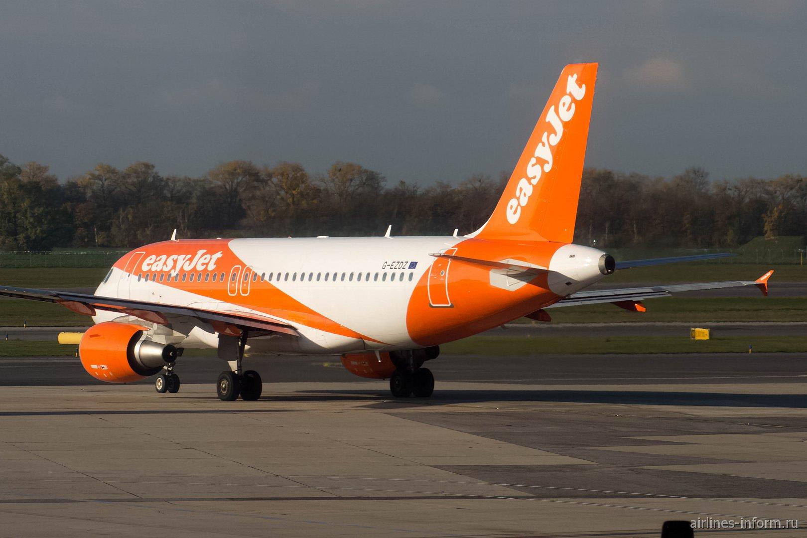Airbus A319 G-EZDZ авиакомпании easyJet Europe в аэропорту Вены