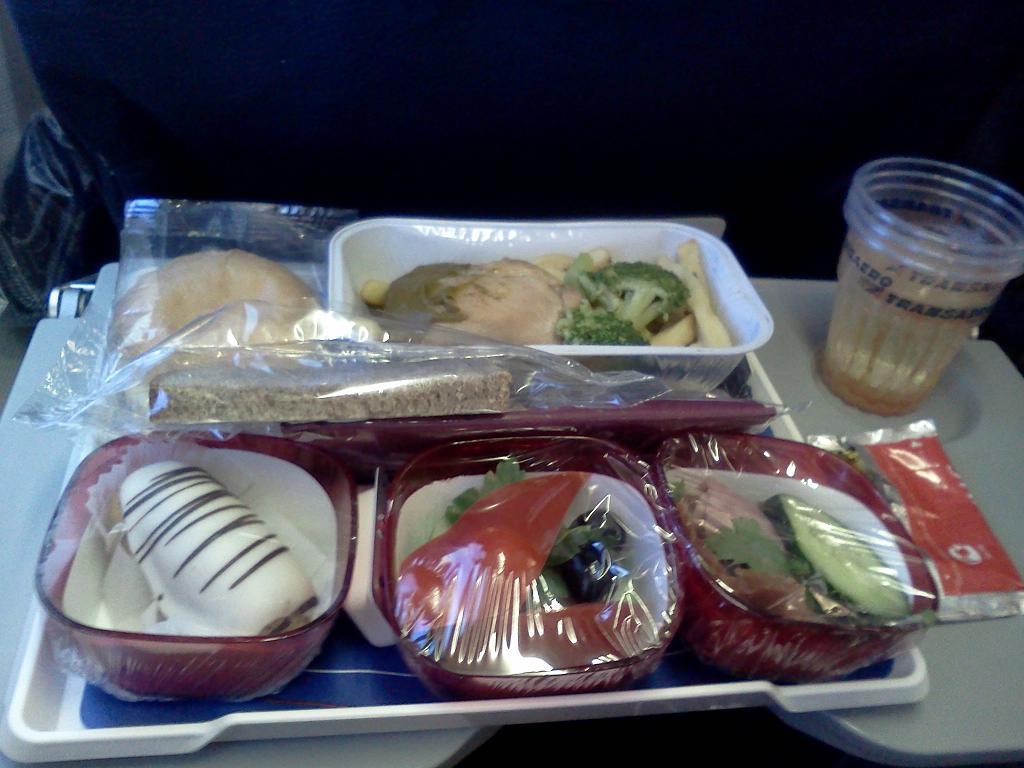 Питание на рейсе Москва-Тель-Авив авиакомпании Трансаэро