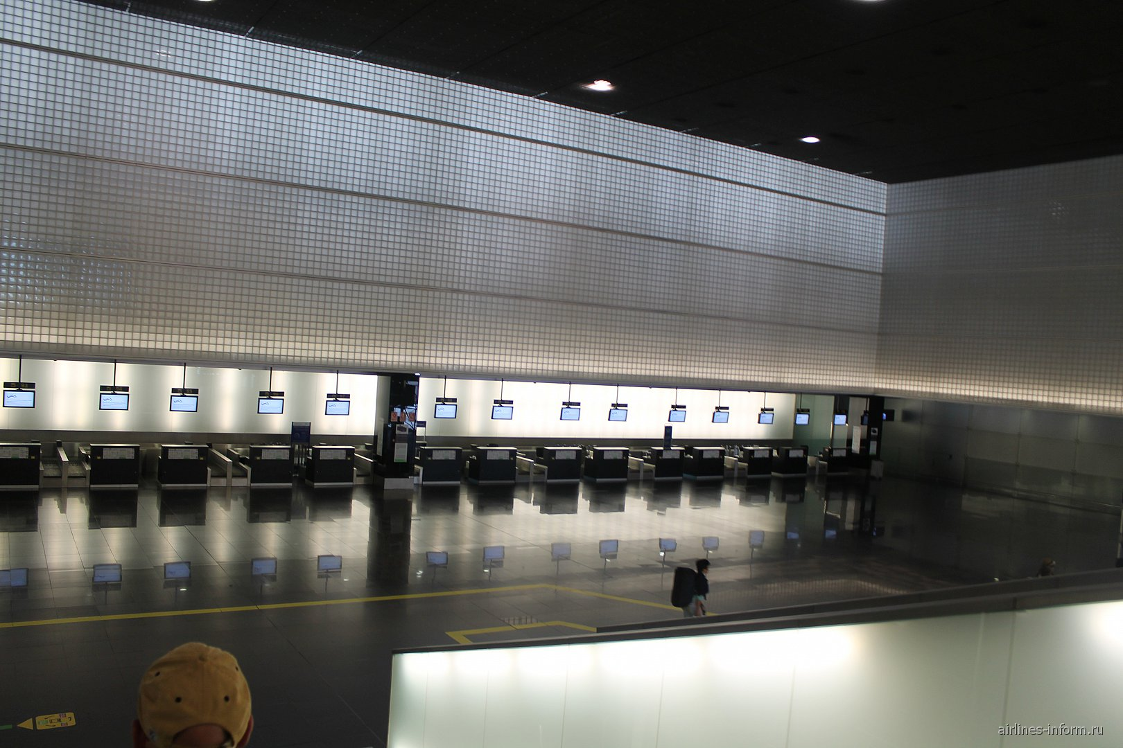 Стойки регистрации в терминале T2 B аэропорта Барселоны