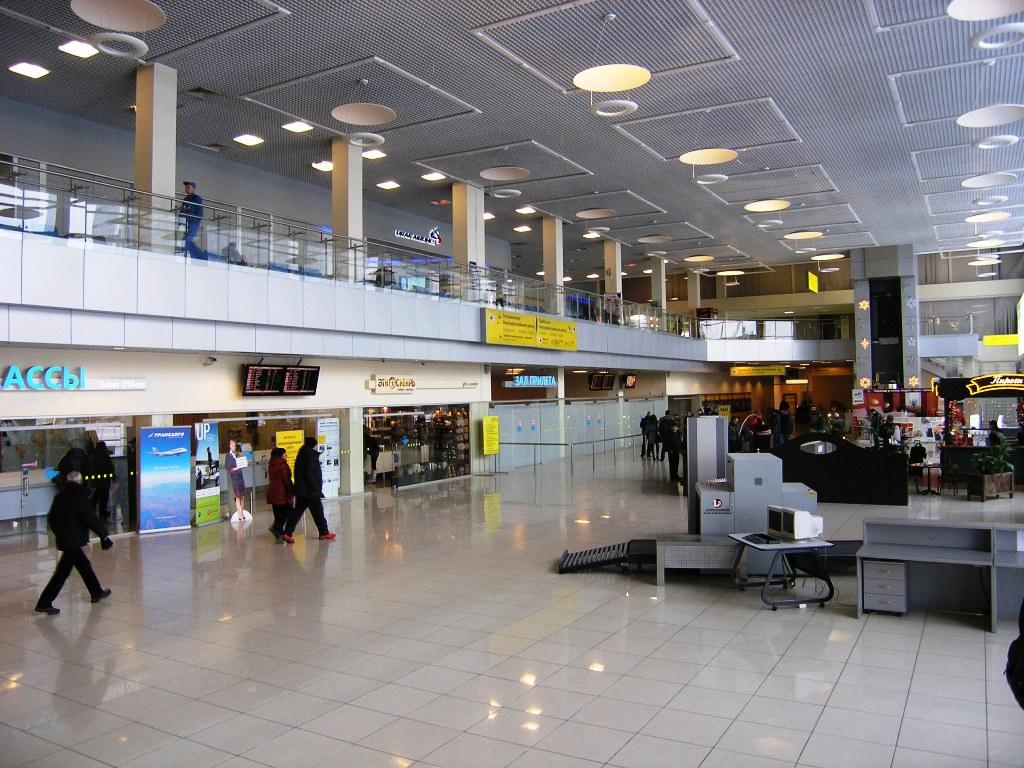 Общая зона терминала А внутренних линий аэропорта Екатеринбург Кольцово