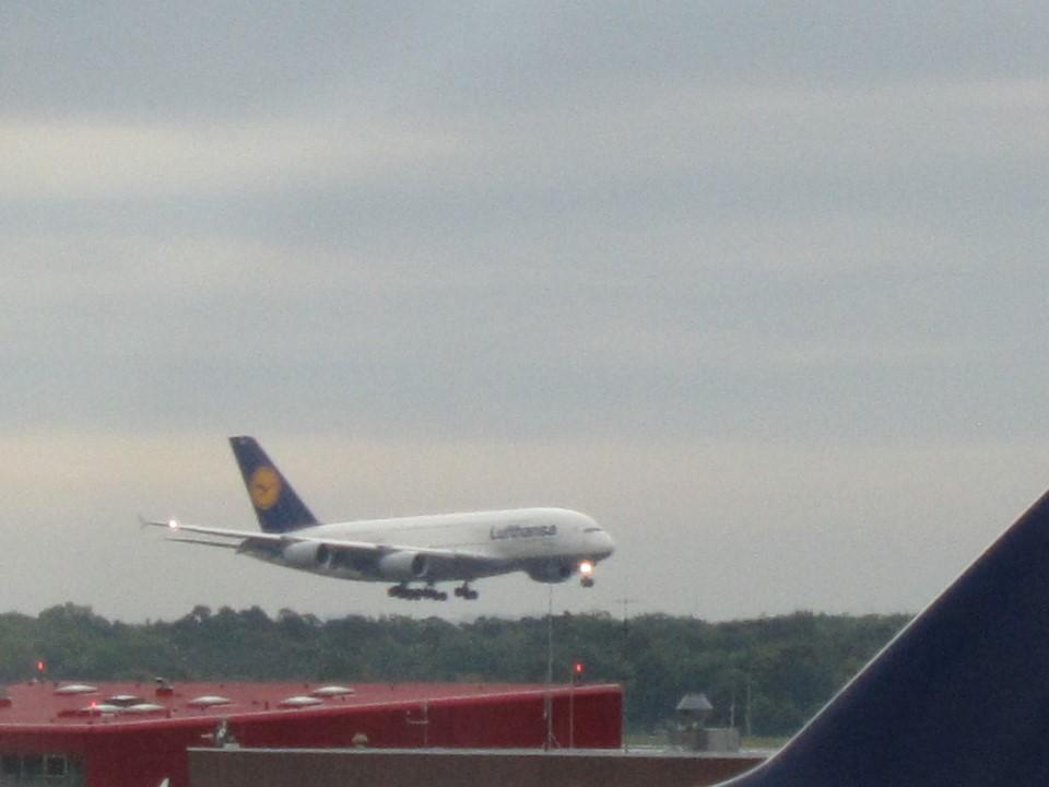 Airbus A380 Люфтганзы в аэропорту Франкфурт-на-Майне
