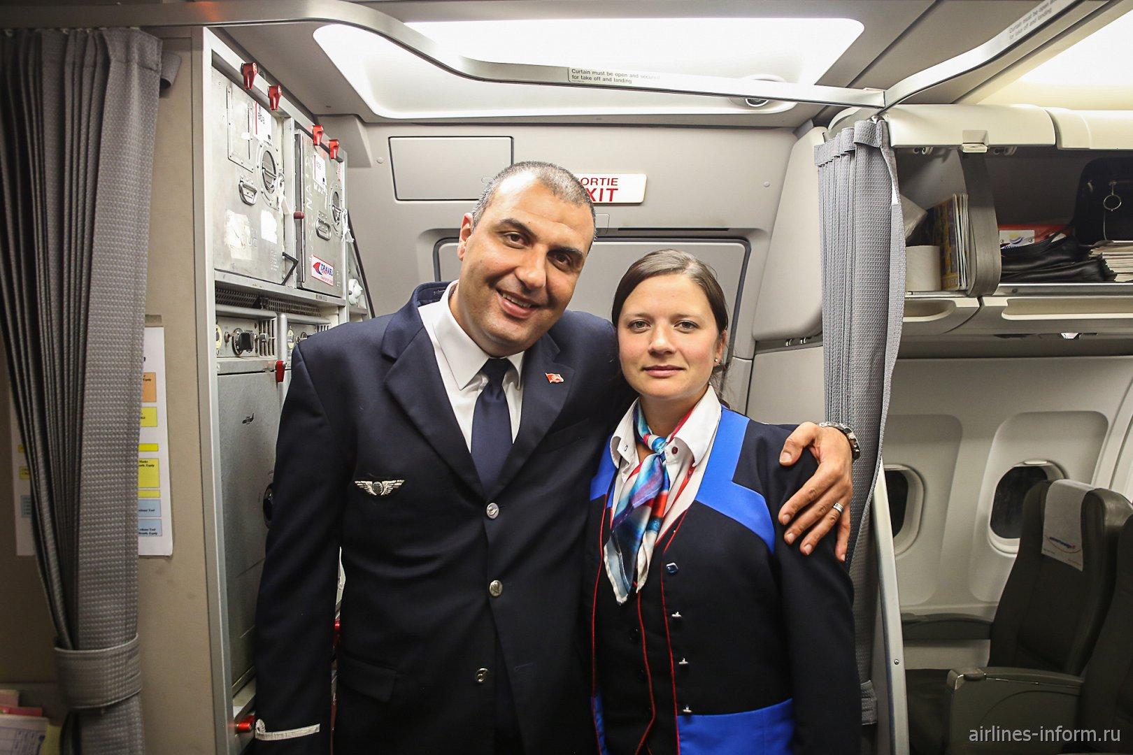 Бортпроводники авиакомпании Nouvelair