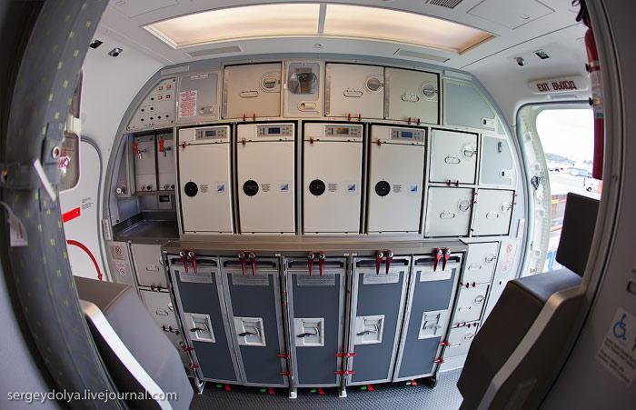 Кухня самолета Боинг-737-800