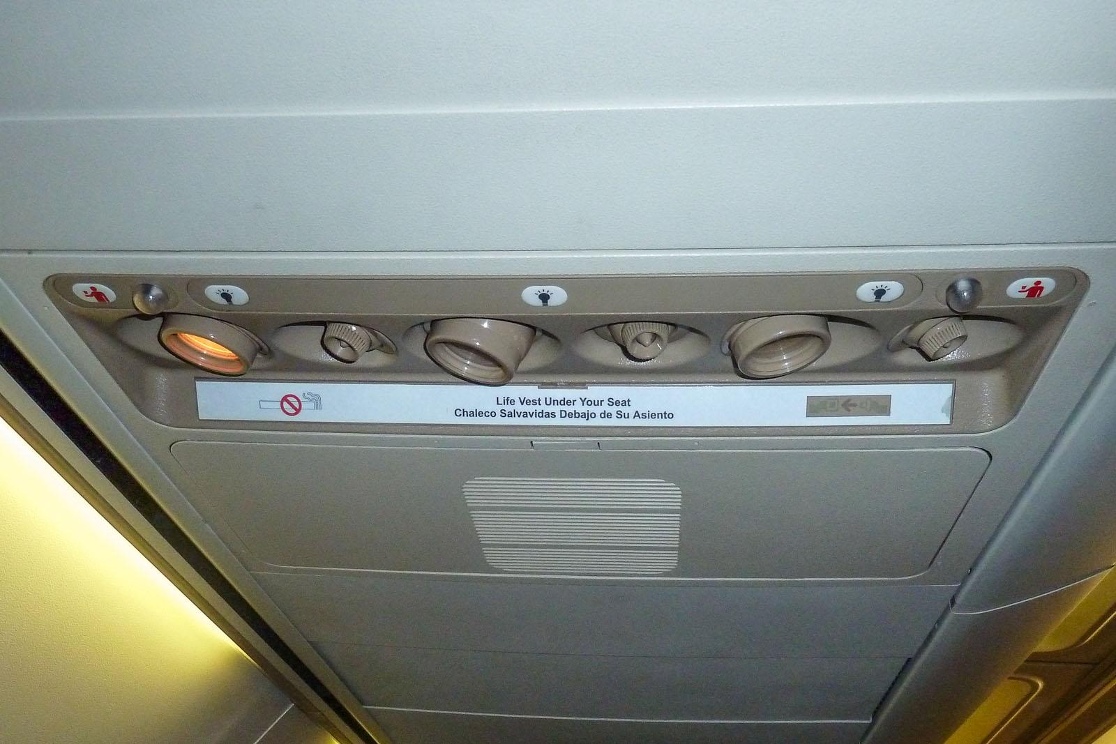Passenger cabin of Southwest Boeing 737-300