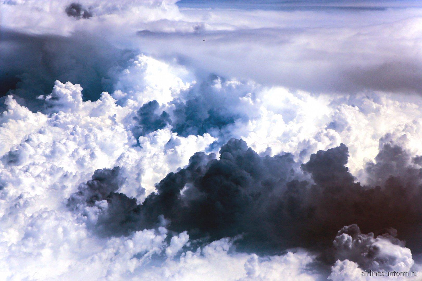 Кучевые облака над Черногорией