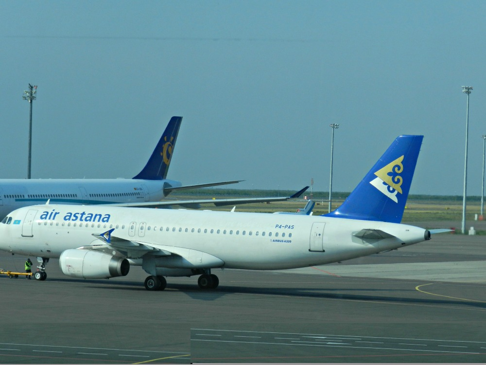 Airbus A320 Air Astana в аэропорту Анталья