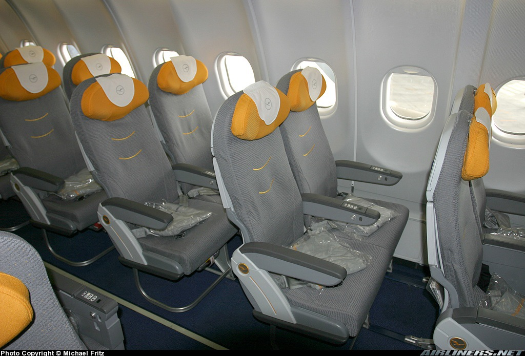 Cabin of Airbus A340-600 Lufthansa