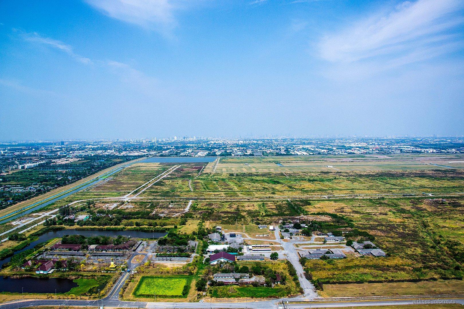 Вид при взлете из аэропорта Бангкок Суварнабхуми