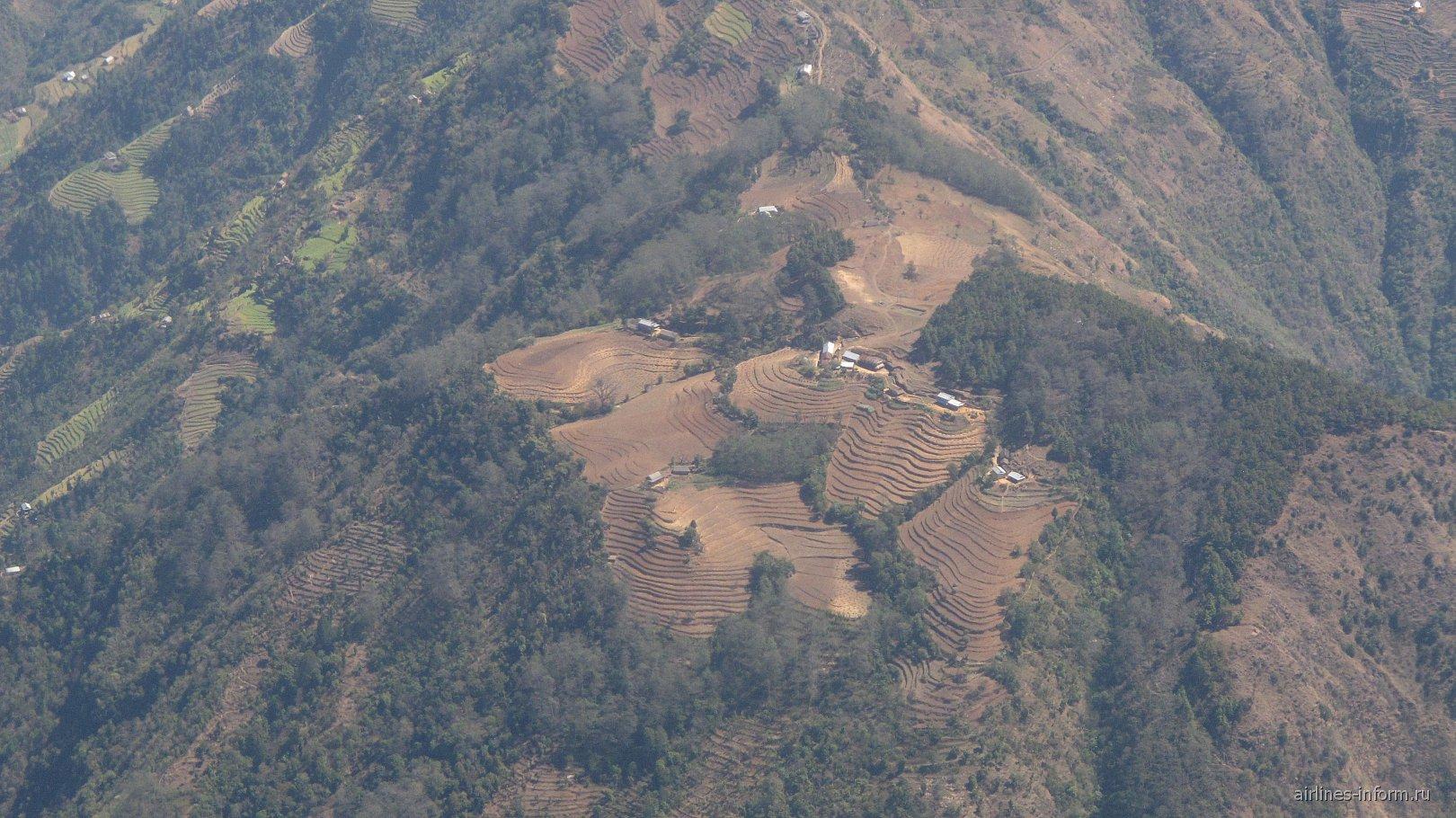 Горные участки для земледелия в Непале