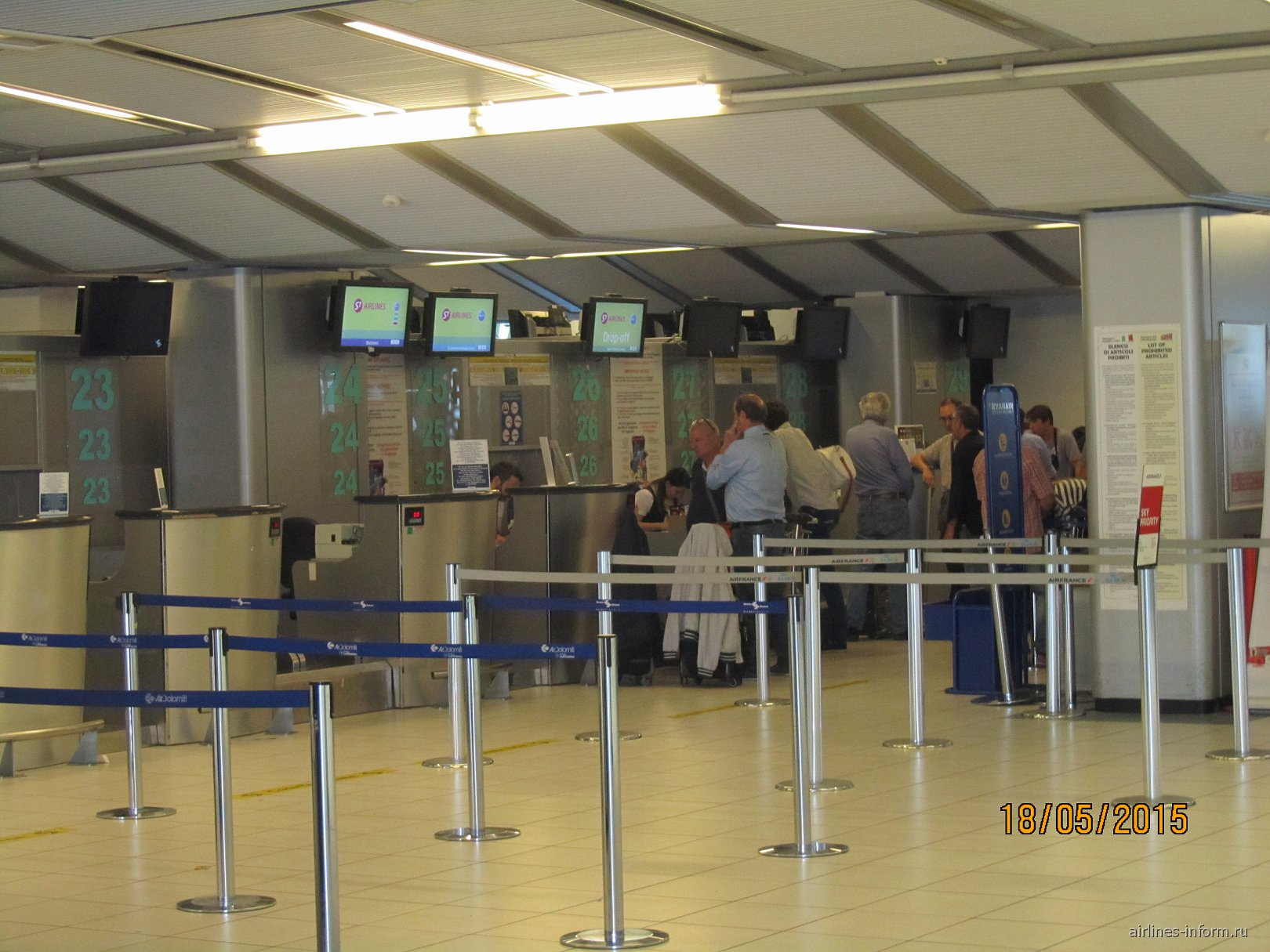 Стойки регистрации в аэропорту Вероны