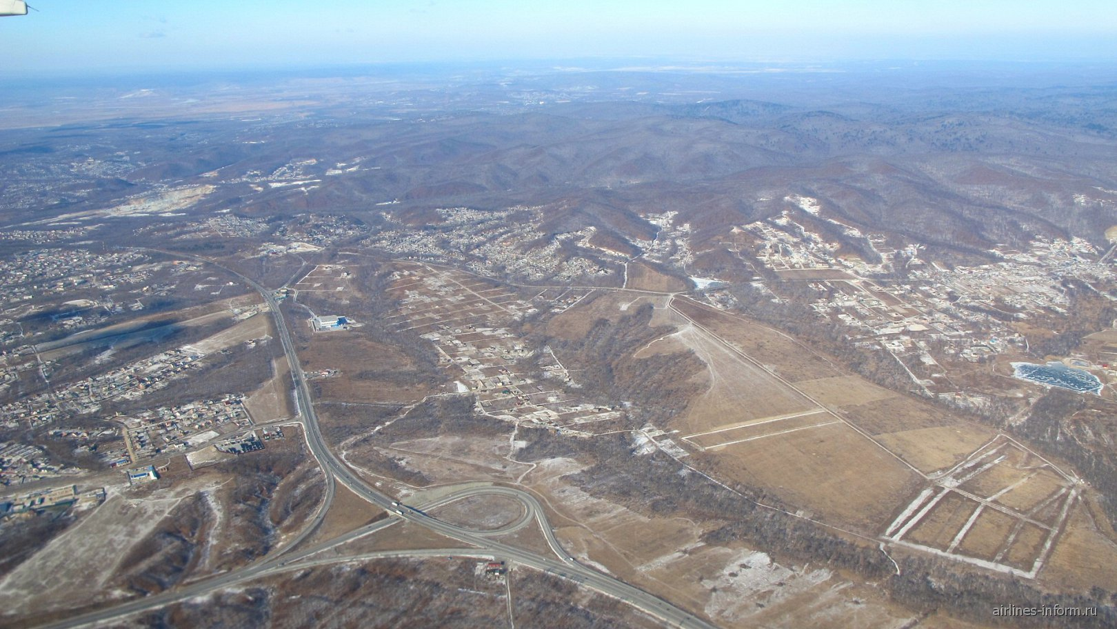 Окрестности Владивостока после взлета из аэропорта Кневичи