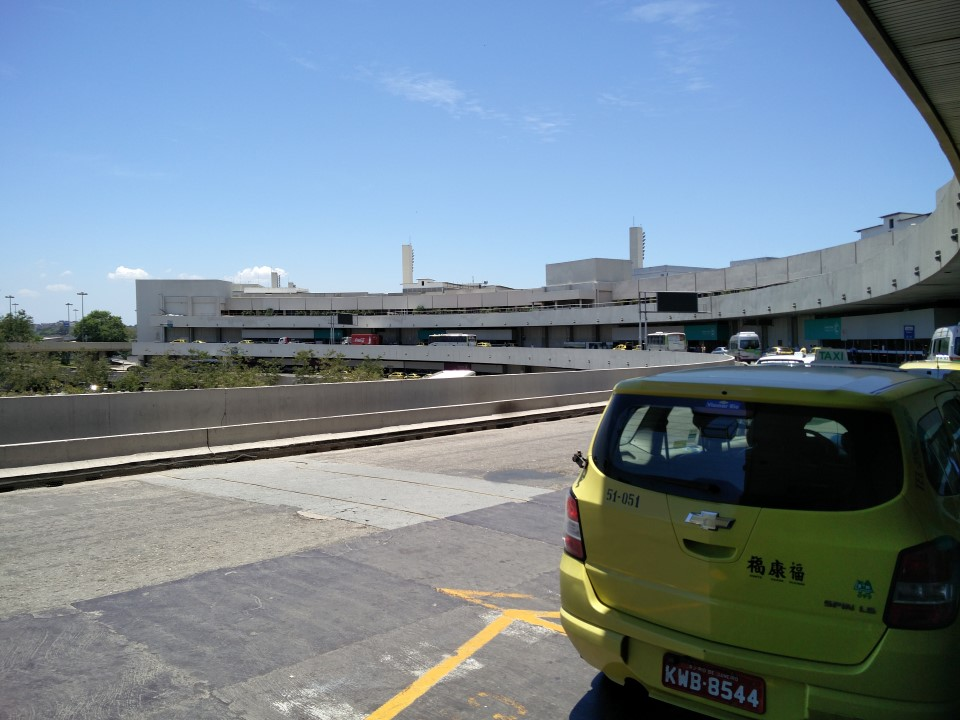 Терминал 1 аэропорта Рио-де-Жанейро Галеан