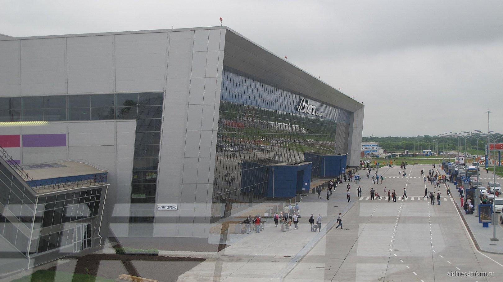 Пассажирский терминал в аэропорту Владивосток Кневичи