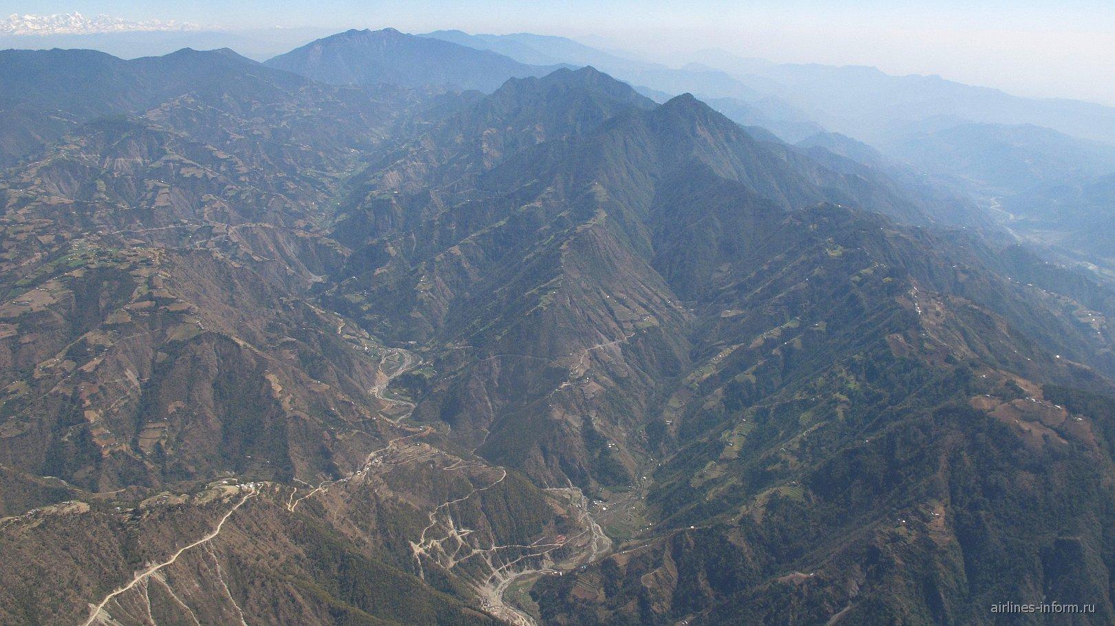 Гималайские горы вблизи Катманду