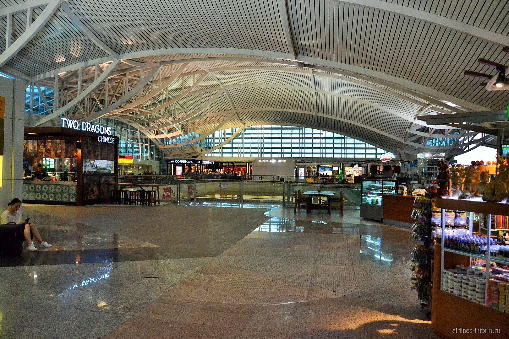 Пассажирский терминал аэропорта Денпасар Нгура Рай