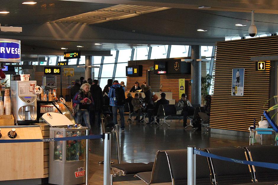 Выход на посадку в аэропорту Рига