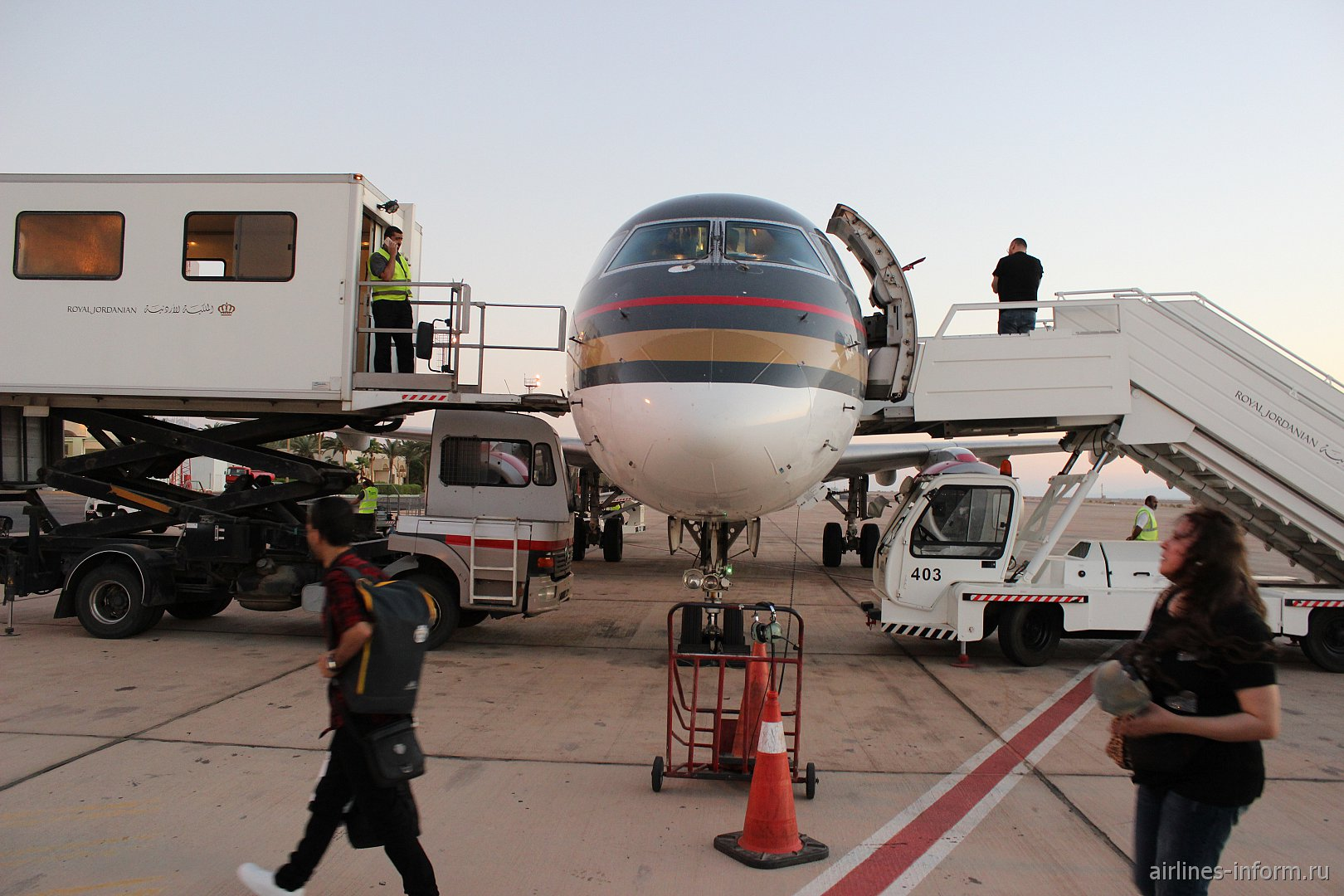 Летний отпуск. Часть 4 - Amman (Queen Alia - AMM) - Aqaba (King Hussein - AQJ) с Royal Jordanian на Embraer-195