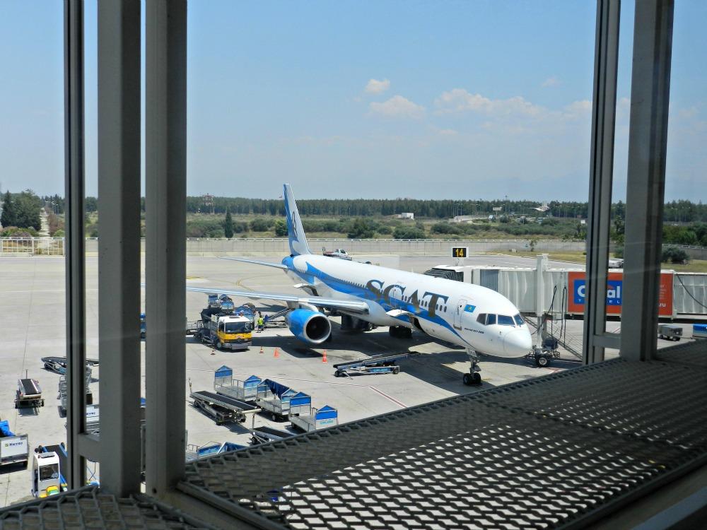 Боинг-757 авиакомпании СКАТ в аэропорту Анталья