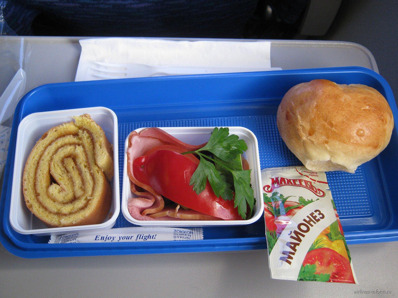 Питание на рейсе авиакомпании ЮТэйр Калиниград-Москва