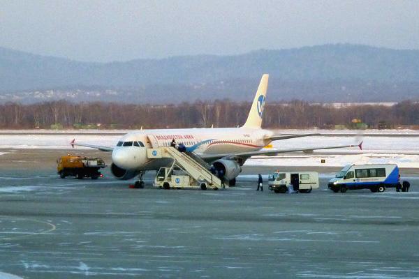 Хабаровск - Владивосток и обратно. Аэрофлот (Владивосток Авиа). 27 января 2013 г.