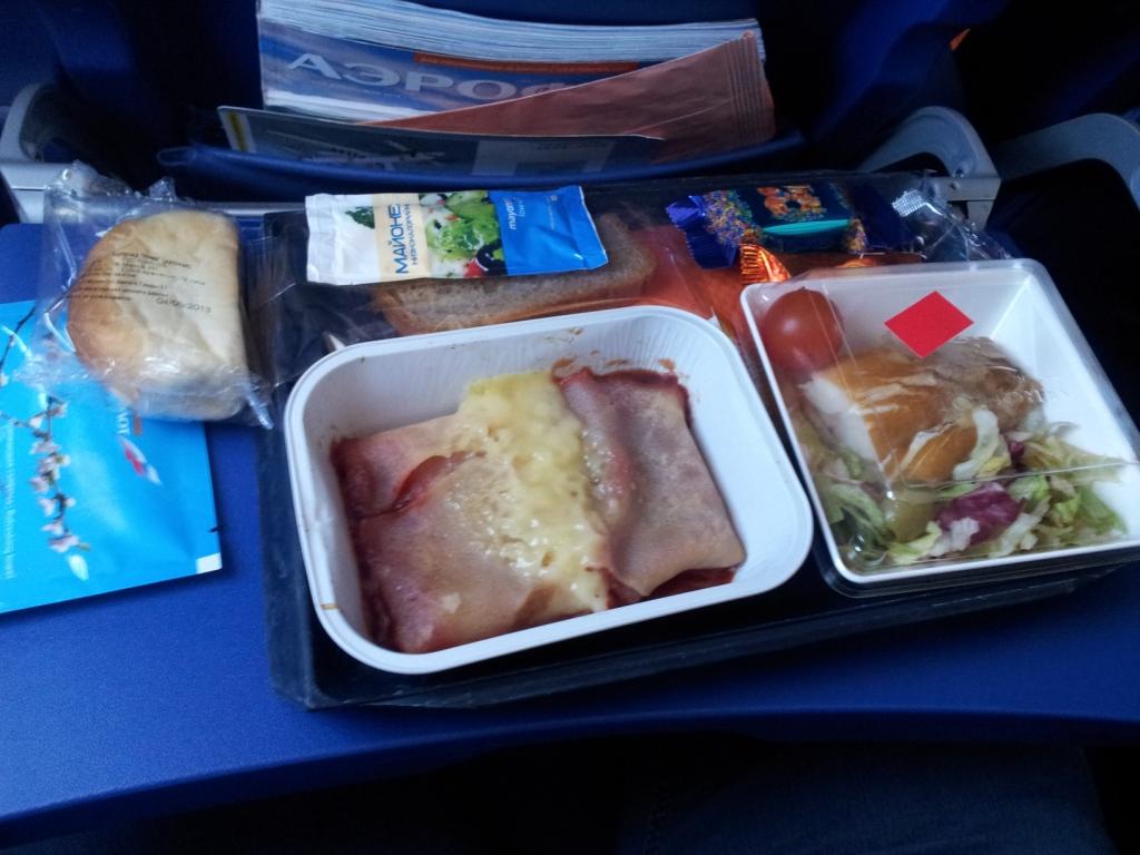 Питание на рейсе Аэрофлота Омск-Москва