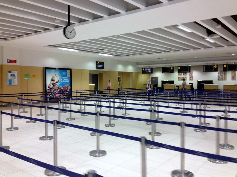 Зал регистрации на рейсы в аэропорту Пафос