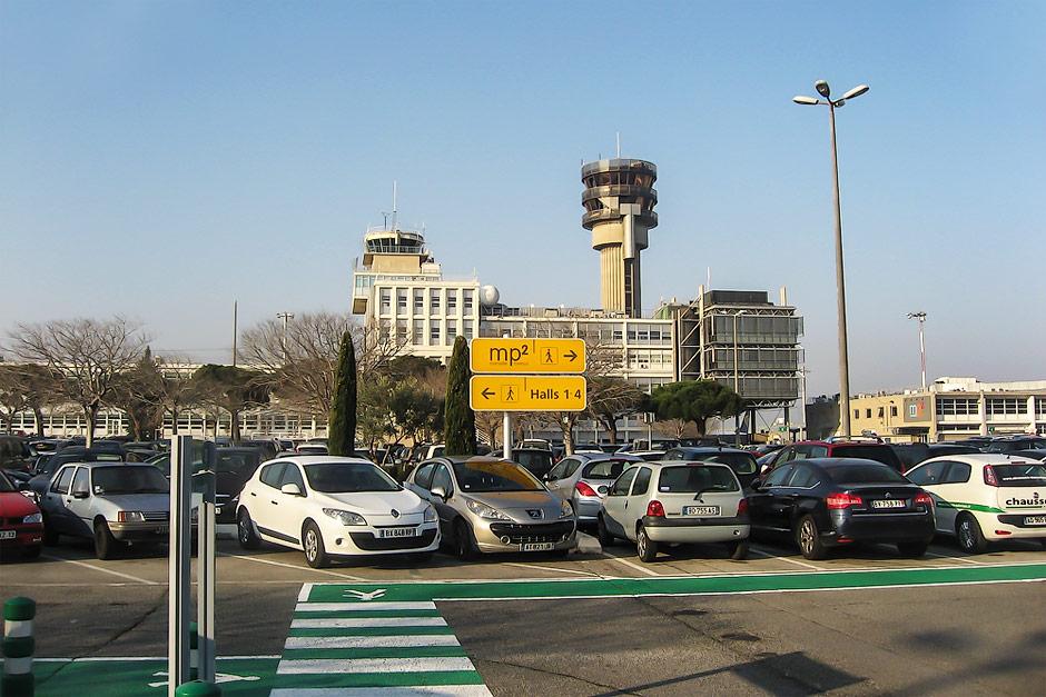 Диспетчерская башня аэропорта Марсель Прованс