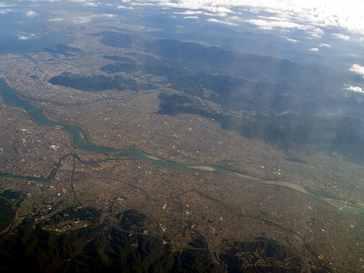 Город в Японии при полете Осака-Окинава