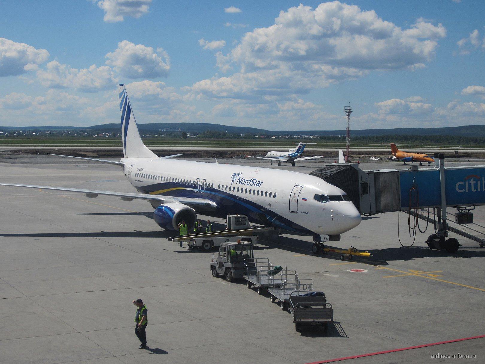 "Боинг-737-800 авиакомпании ""Нордстар"" в аэропорту Екатеринбург Кольцово"