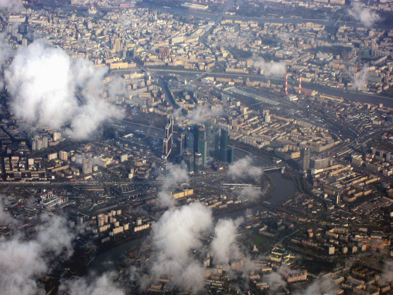 Вид на центр Москвы из самолета