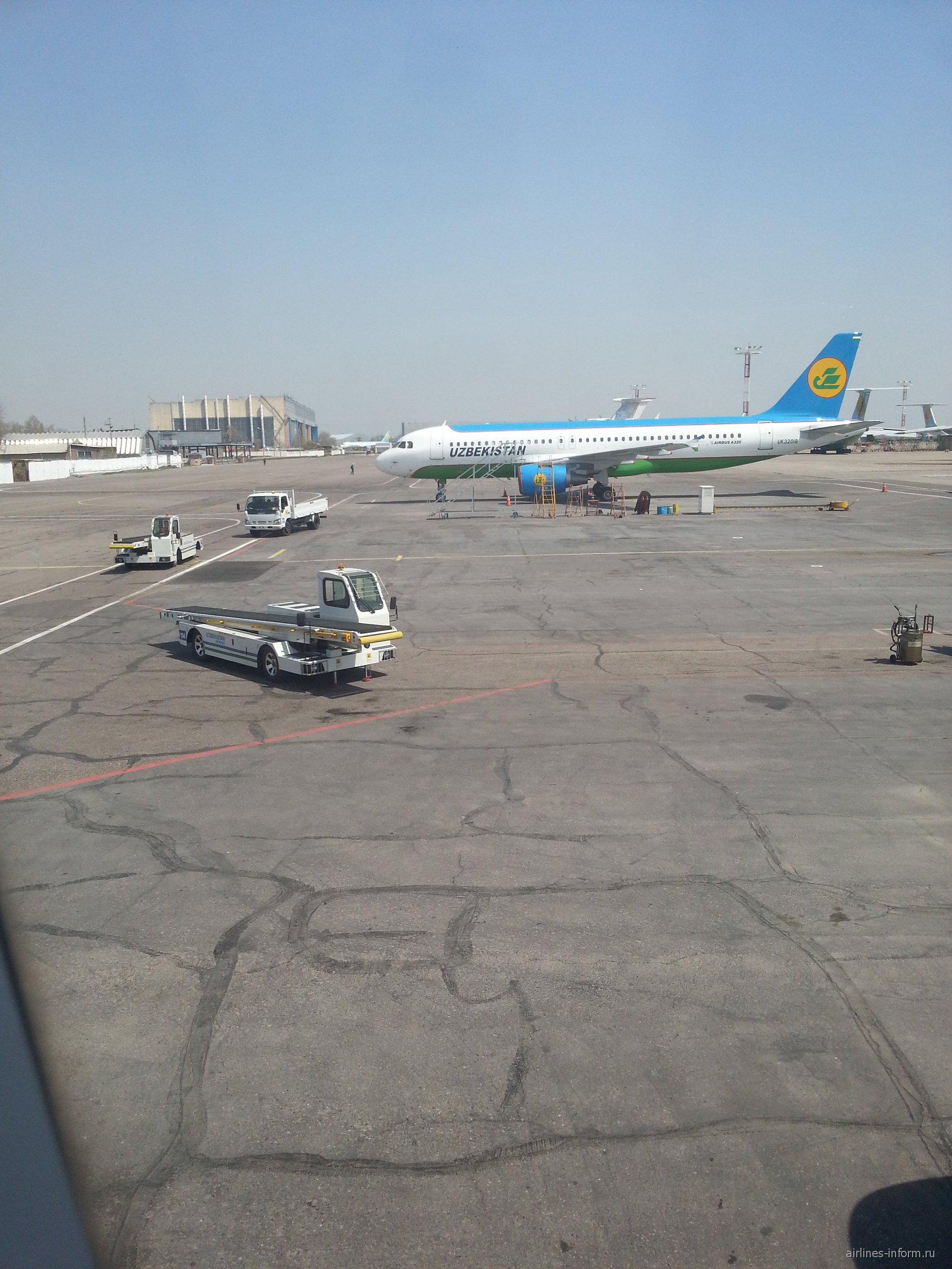 Airbus A320 Узбекских авиалиний