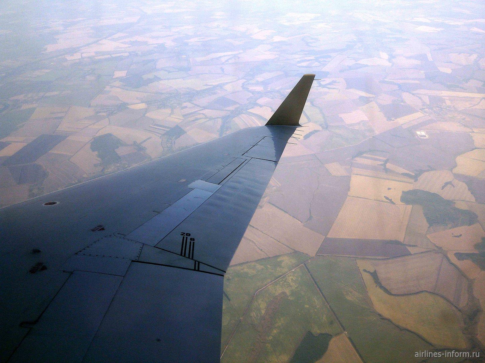 [VOZ - VKO] Возвращение в Москву из жаркого Воронежа на Bombardier CRJ200 а\к Руслайн