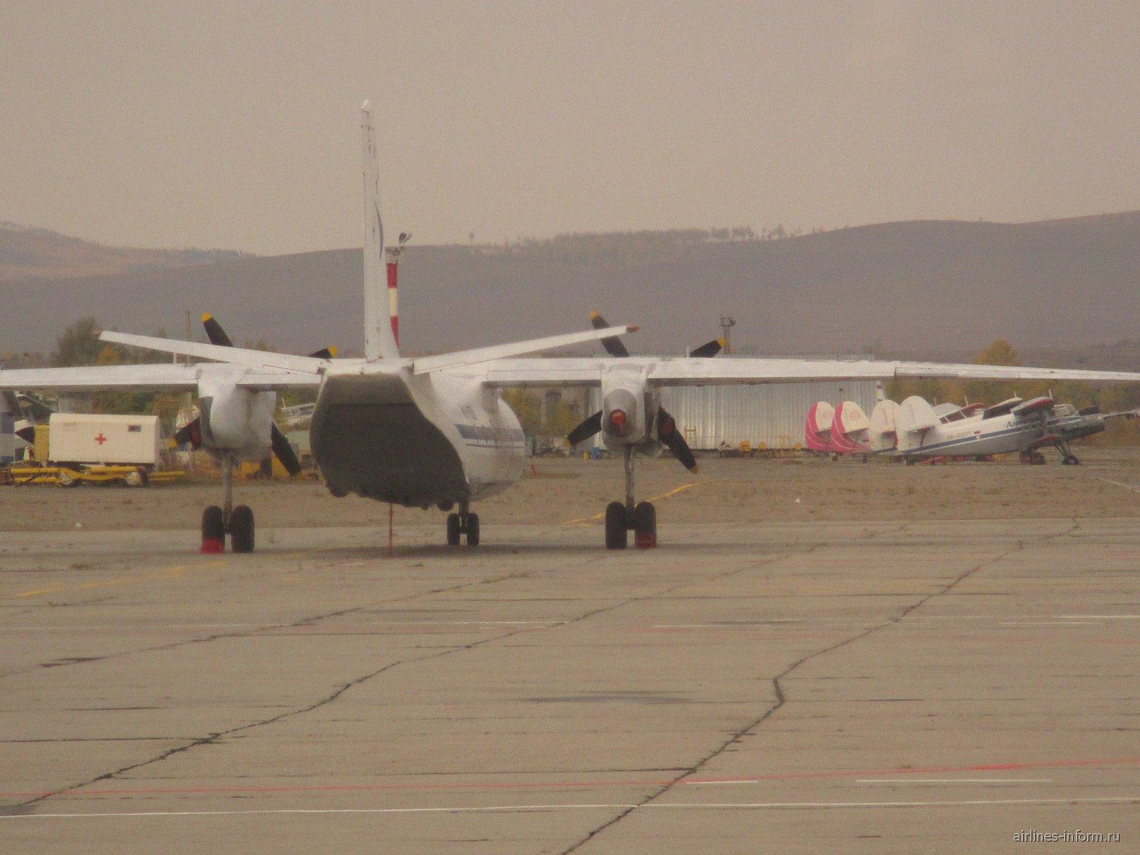 Ан-24  в аэропорту Чита Кадала