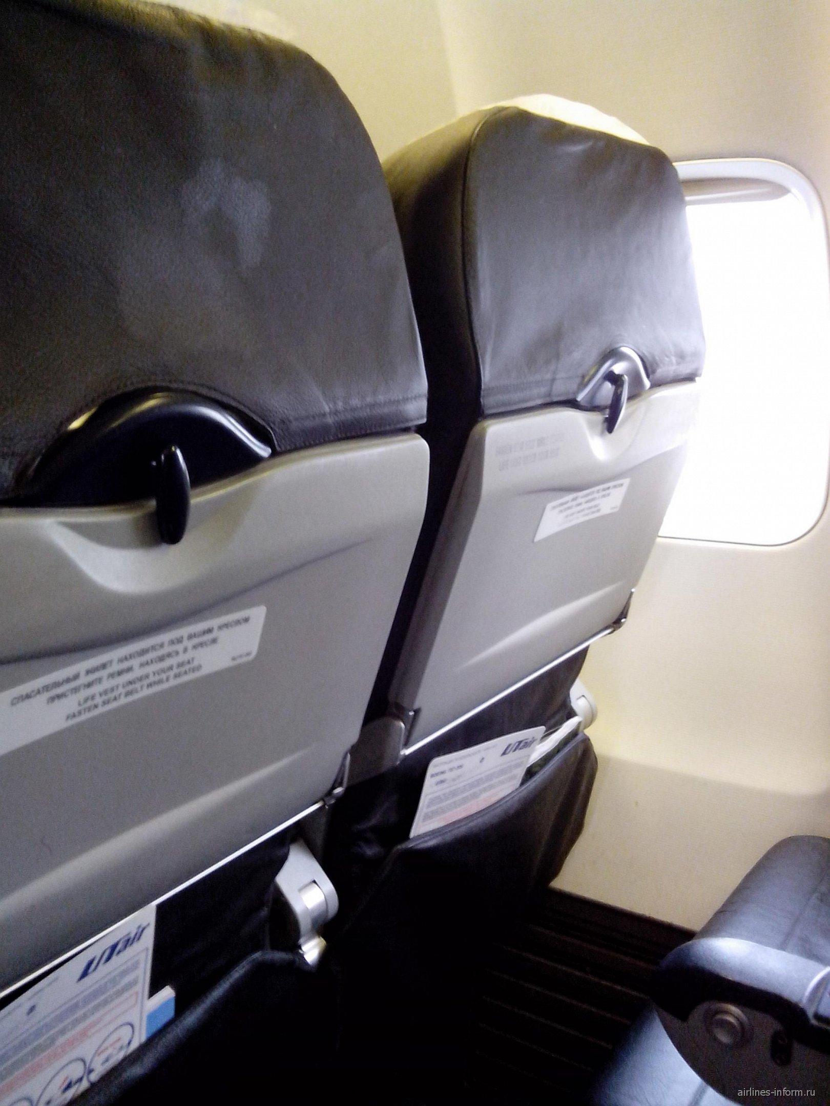 Кресла Боинг-757-200 авиакомпании ЮТэйр