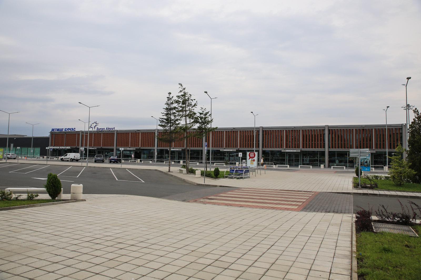 Новый пассажирский терминал аэропорта Бургас