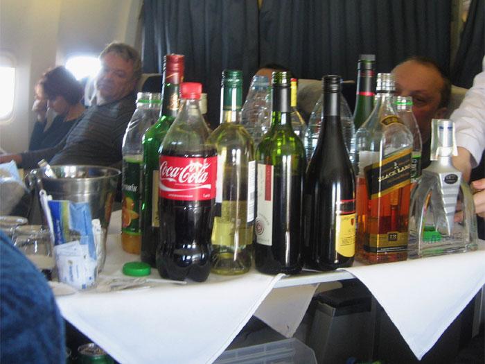 Напитки бизнес-класса на рейсе Киев - Нью-Йорк авиакомпании АэроСвит