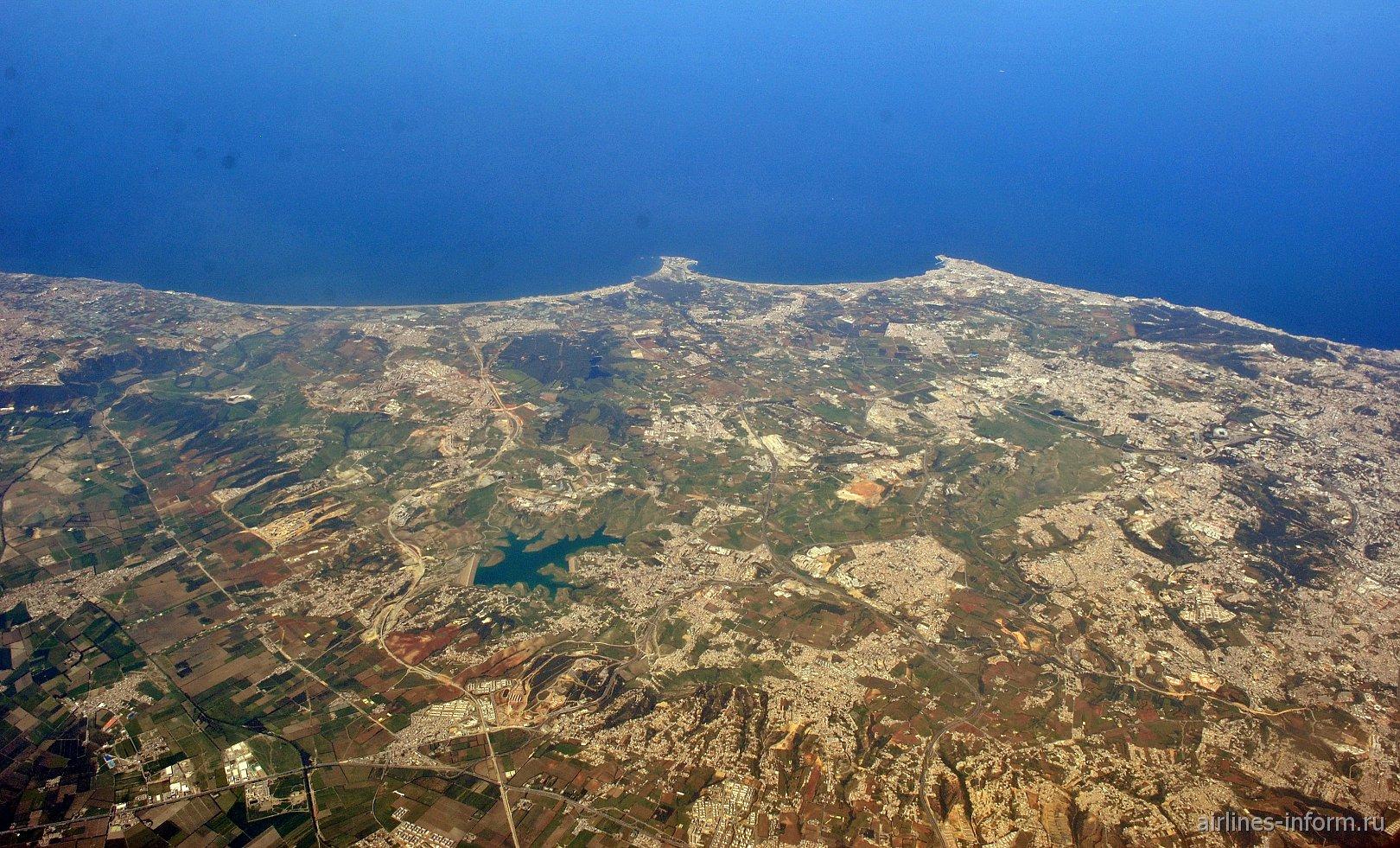 В небе над Алжиром. Водохранилище и бухта близ Клёб де Пен.