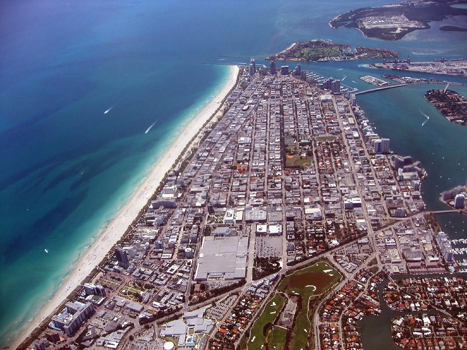 Вид на Майами-Бич из самолета