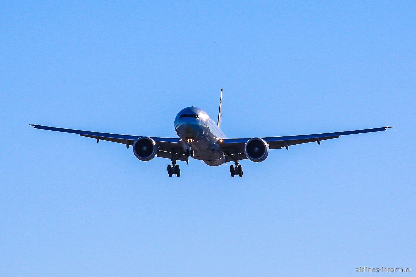 Самолет Боинг-777-300 авиакомпании Air Canada
