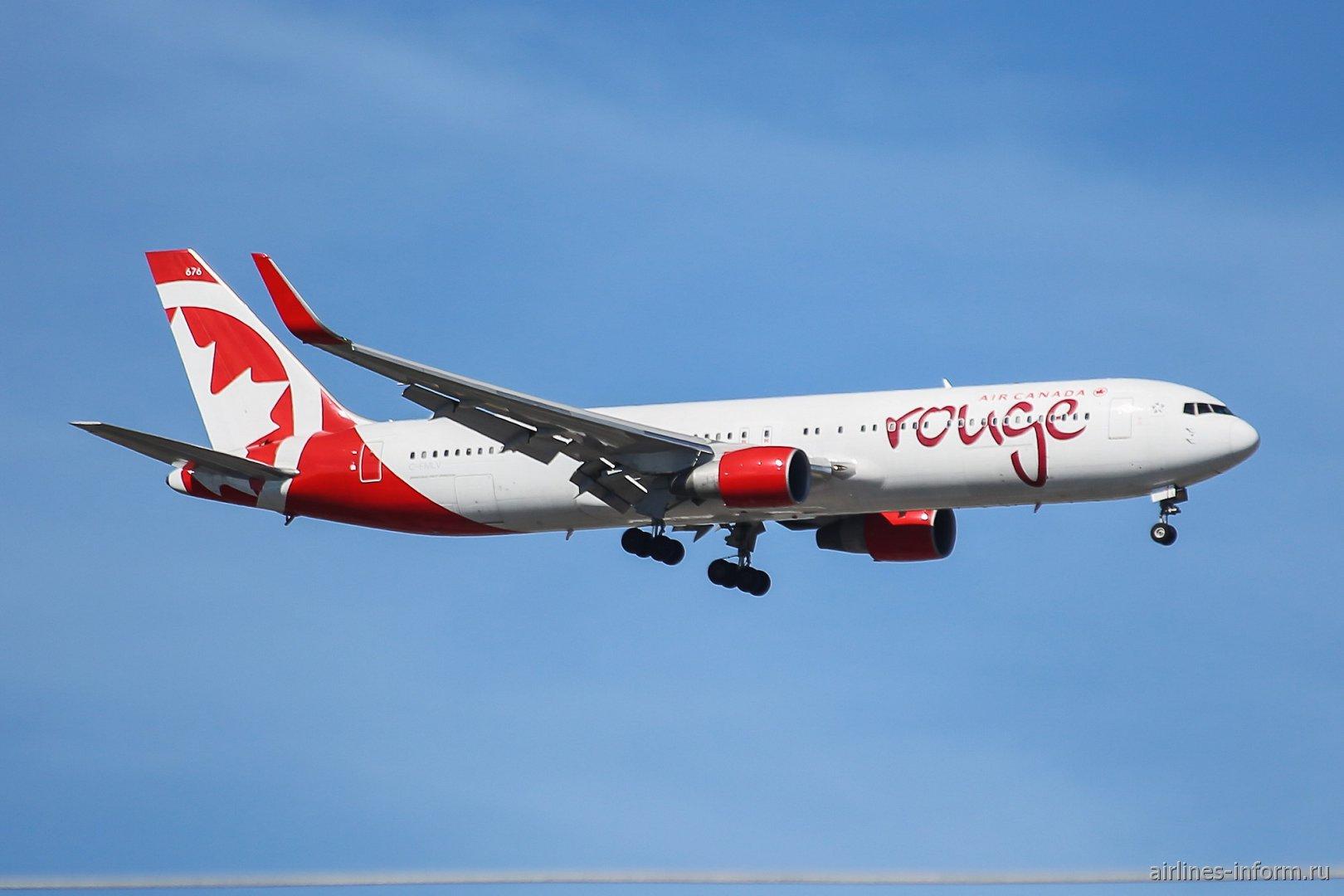 Боинг-767-300 C-FMLV авиакомпании Air Canada Rouge