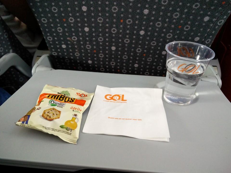 Питание на рейсе Фос-ду-Игуасу - Рио-де-Жанейро авиакомпании GOL