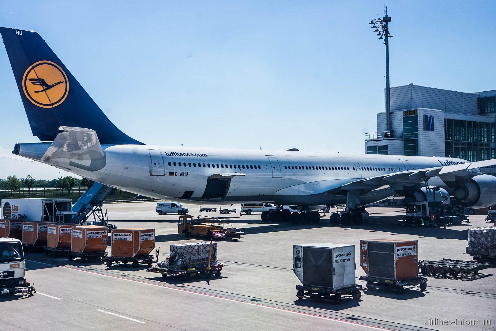Airbus A340-600 авиакомпании Lufthansa в аэропорту Мюнхен